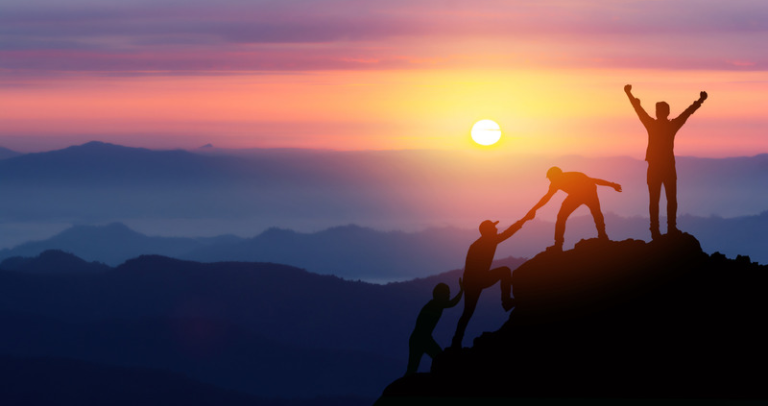 Nghiên cứu điển hình SaaS: Bộ phận hỗ trợ khách hàng có thể hỗ trợ các sáng kiến bán hàng như thế nào